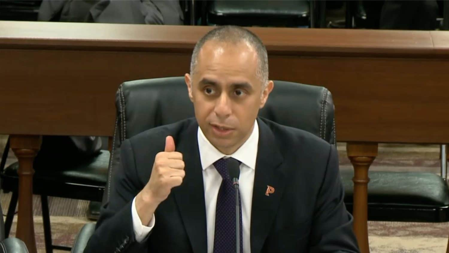Photo for No guarantees and plenty of risks associated with Elorza's water monetization plan