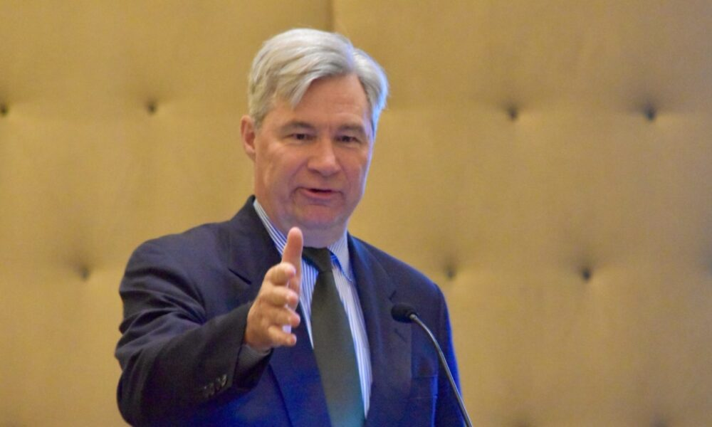 The cynical charade of Sheldon Whitehouse on the Green New ...