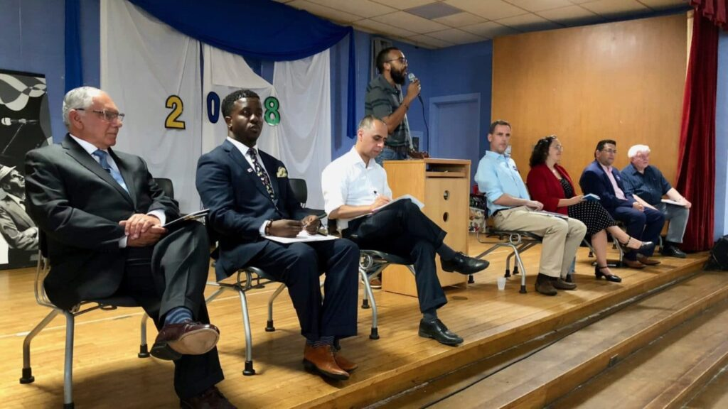 East Side 'undebate' hosts candidates from contested primaries for listening session