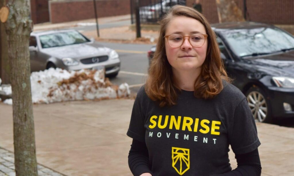 Sunrise RI disrupts Tom Perez event at Brown over DNC's lack of urgency on climate change