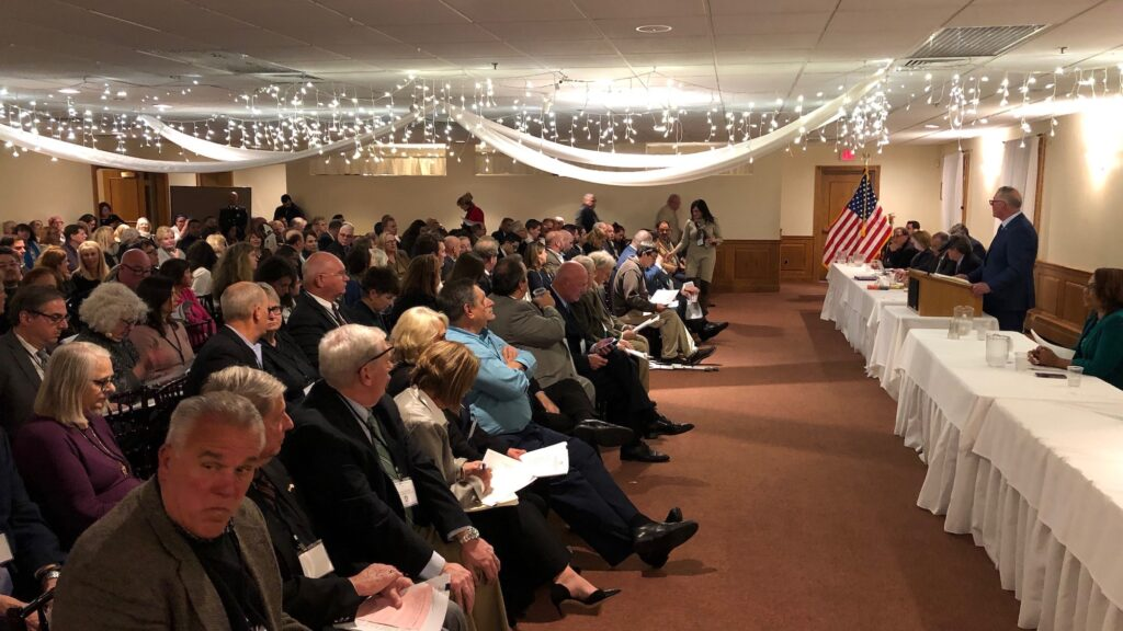 Where did members of the General Assembly land on the Rhode Island Democratic Party bylaws vote?