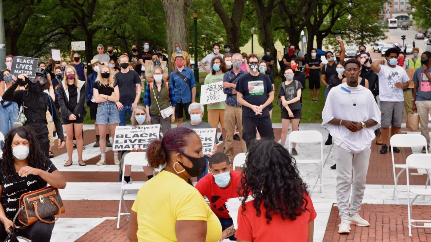 State House rally to decarcerate, divest from, and dismantle prisons