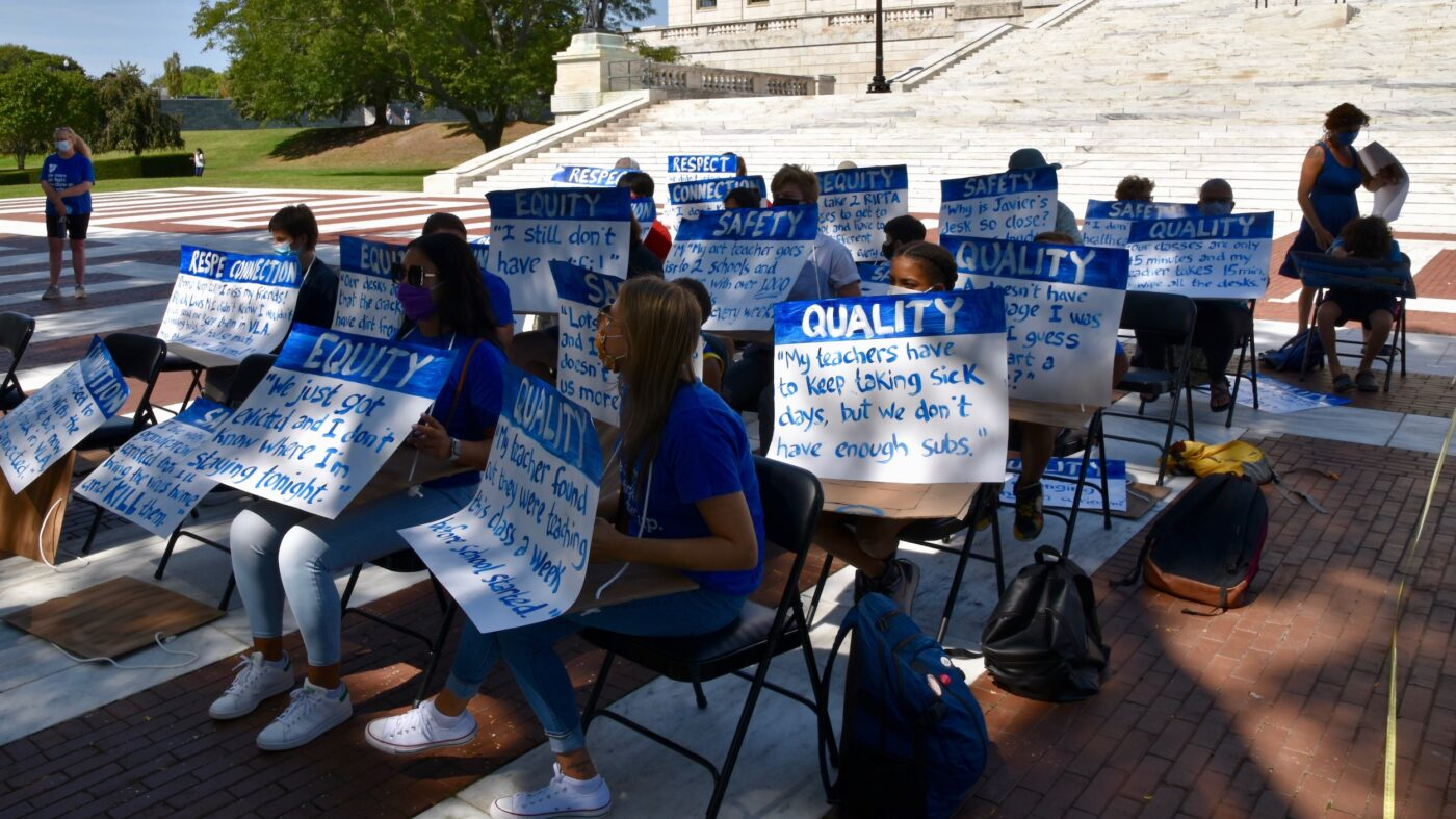 PVD Teachers Union sets up outdoor classroom to demonstrate crowding in classrooms