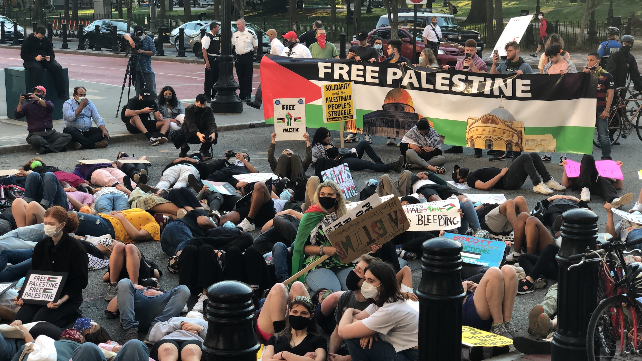 """Photo for Rhode Island for Palestine coalition rallies to """"end US funding to Israeli Apartheid"""""""