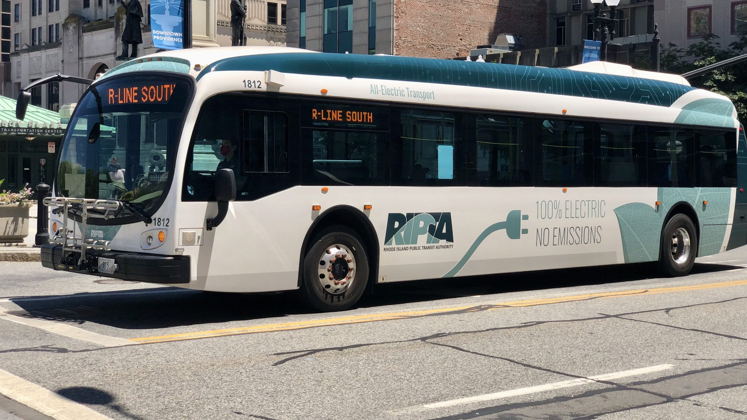 Photo for Governor claims groups opposed to the racist multi-hub bus plan have no alternatives – Actually they have three…